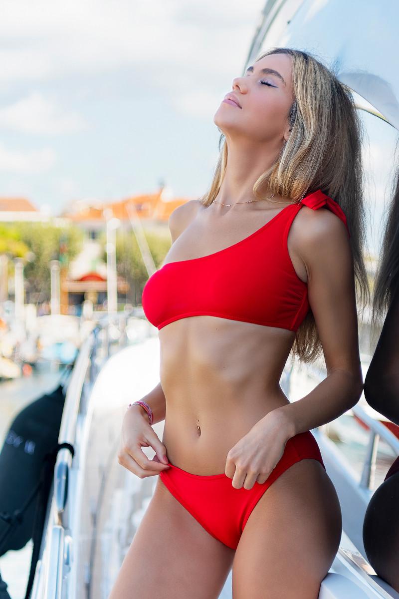 Maillot de bain O'Salée bandeau asymétrique rouge